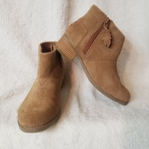 Tom's  suede/leathe booties